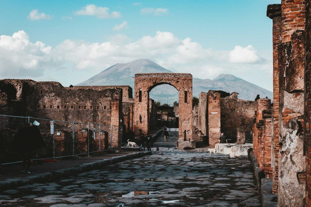 pompei tour discover sorrento coast