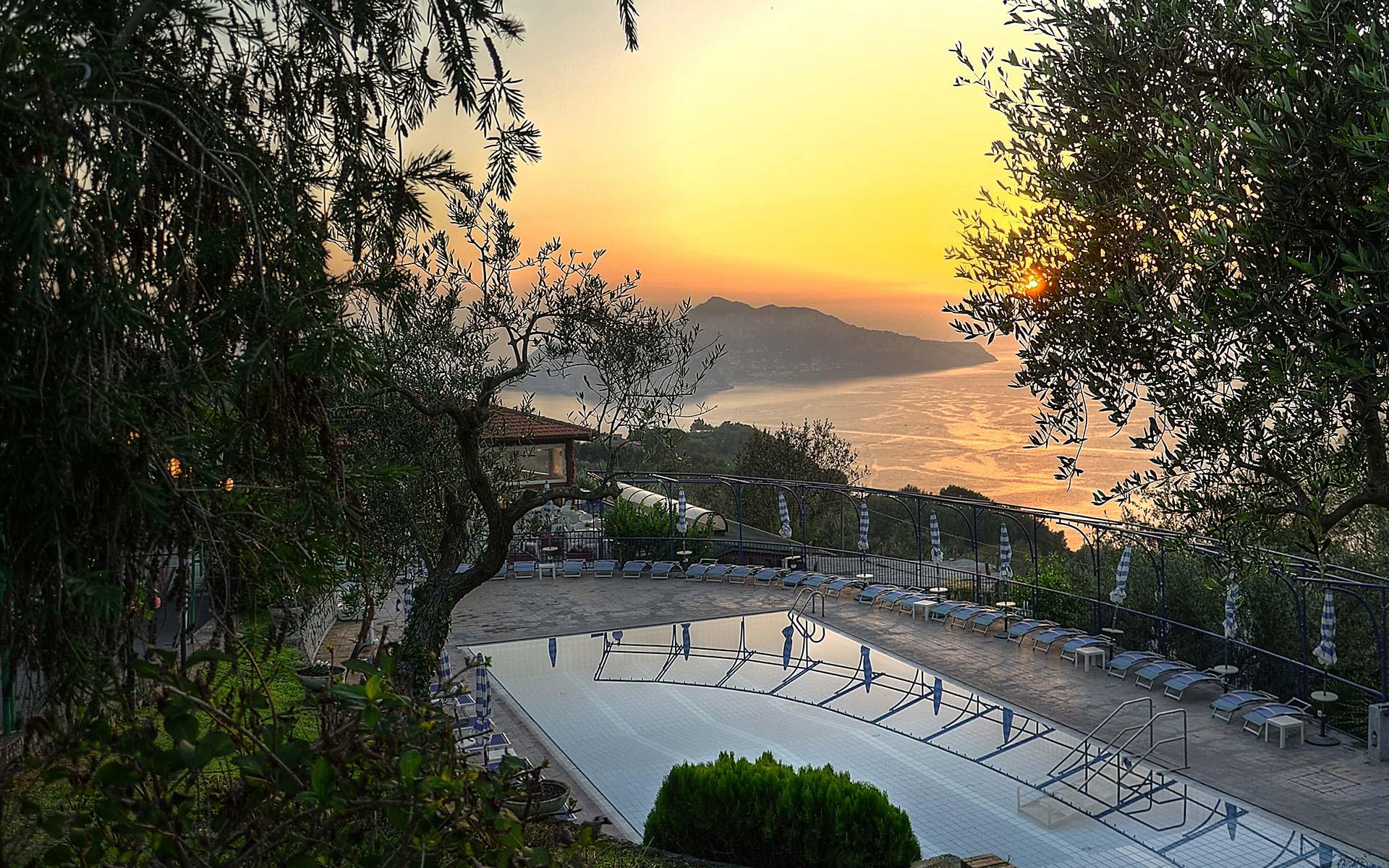 resort-gocce-di-capri-discover-sorrento-coast